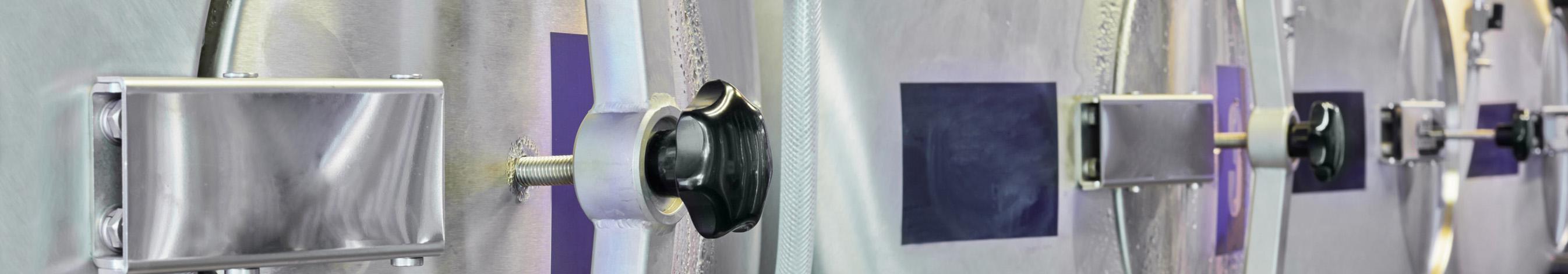Датчики давления и уровня для пищевой промышленности с заполнением пищевым высокотемпературным маслом с разделителем сред Управление насосами Управление компрессорами Гомогенизаторы Дозирующие установки CIP-мойки Технологическое оборудование